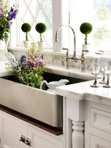 Perfectly manicured plants with marble countertops.
