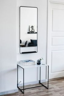 Decorate your entry table with a mirror.