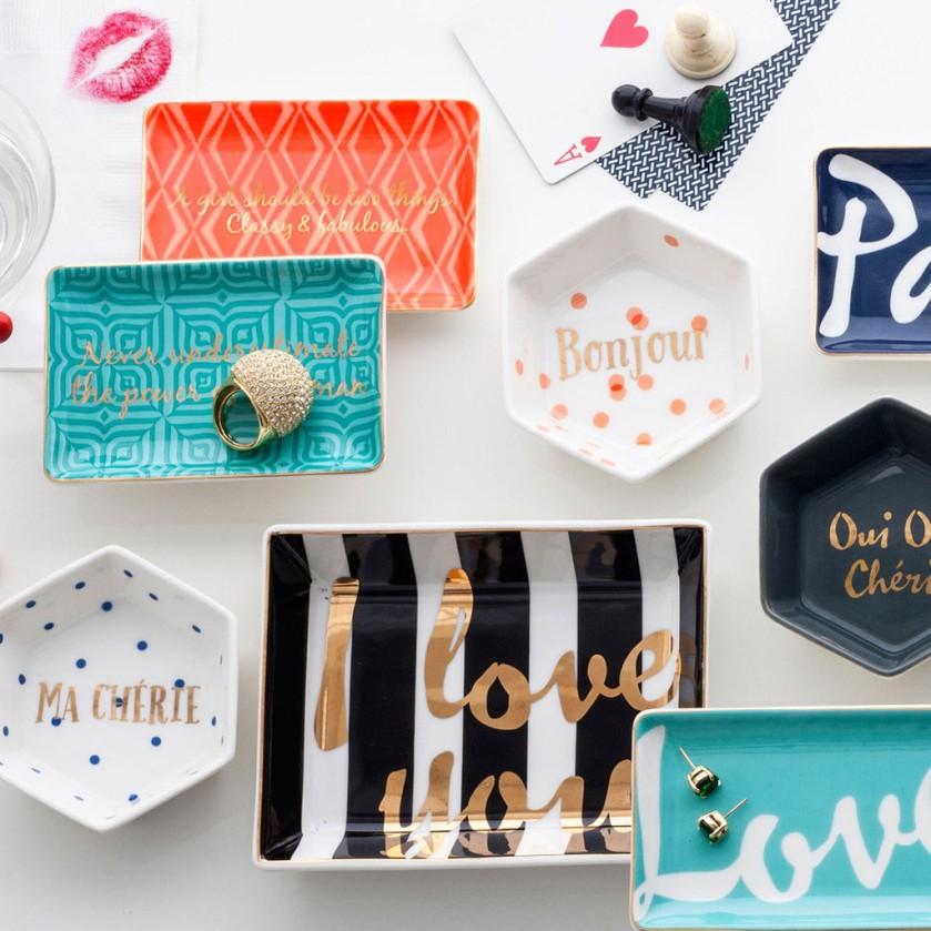 desk accessories 1.jpg