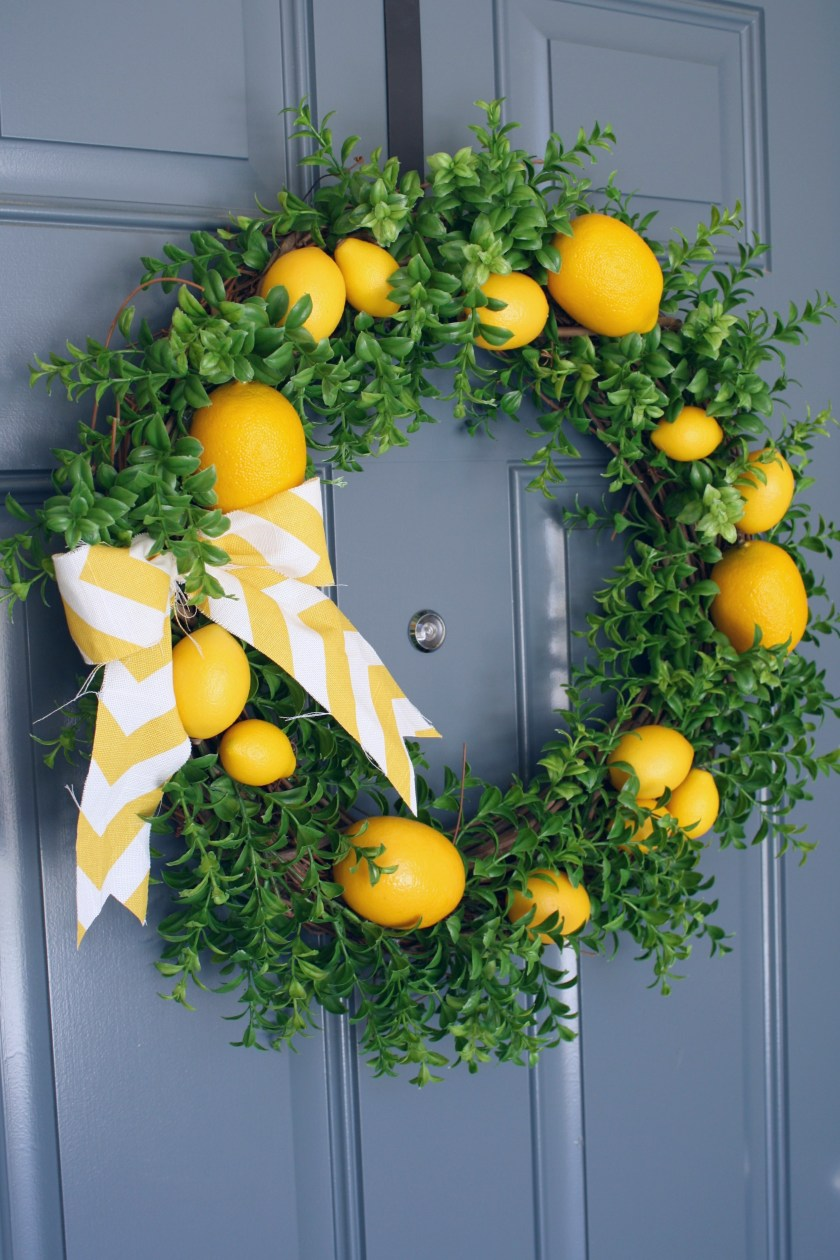 DIY Citrus Wreath1.jpg