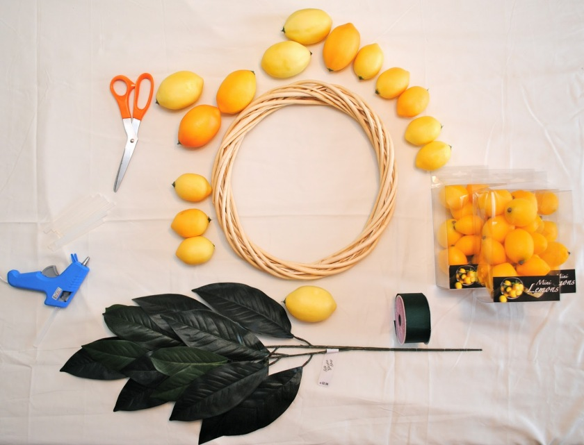 DIY Citrus Wreath4.JPG