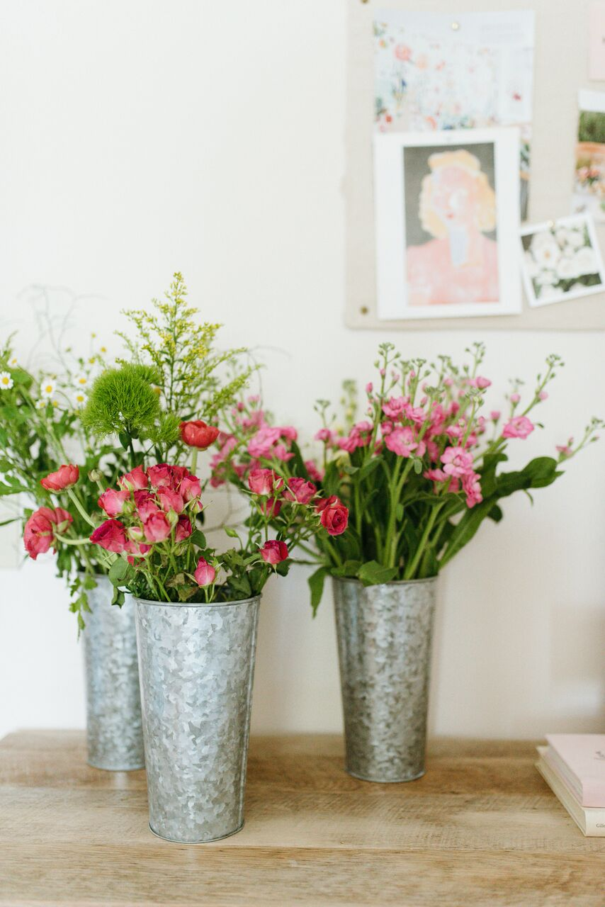 How To Display Flowers for Summer