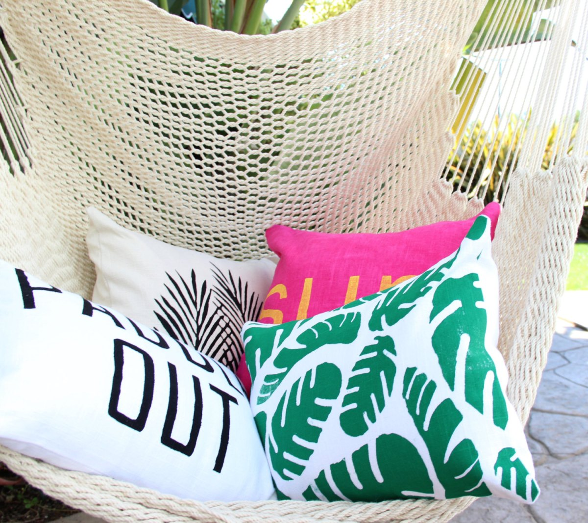 How To Decorate With Tropical Prints