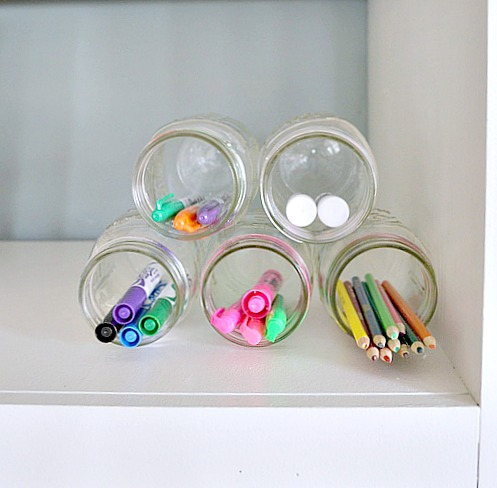 Use-Mason-jars-to-organize-pens-and-pencils.jpg