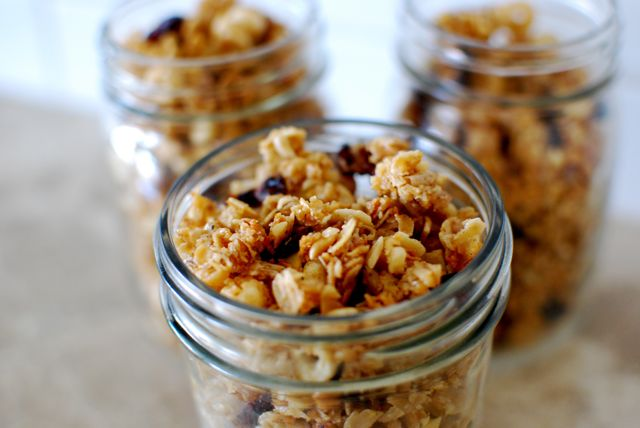 DIY Easy Peezy Granola!