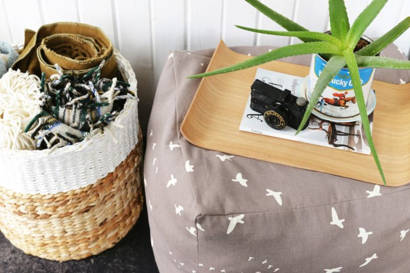 diy-floor-pouf-coffee-table-tray
