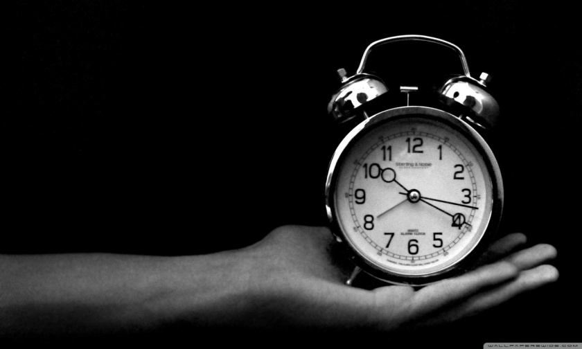 old_clock_black_and_white-wallpaper-1280x7681