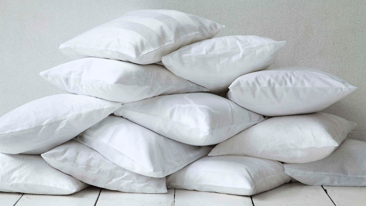 How Many Pillows on a Bed?