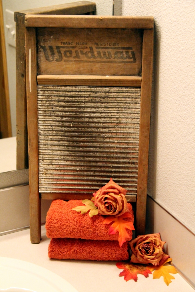 fall-bathroom-decor-3